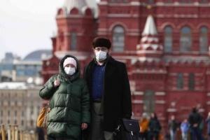 روسيا تسجل 6422 إصابة جديدة بكورونا و156 وفاة