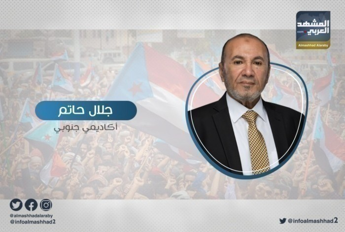 حاتم يُهاجم الأحمر وزعيل بسبب مساعيهم لتكرار السيناريو الليبي باليمن