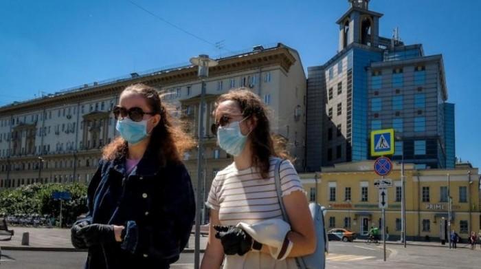 روسيا تُسجل 124 وفاة و6234 إصابة جديدة بفيروس كورونا