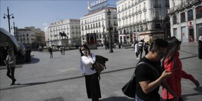 إسبانيا تفرض قيود جديدة بسبب ارتفاع إصابات كورونا