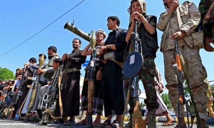 قهر الشباب.. خطة حوثية إيرانية تستهدف تجنيد الصغار