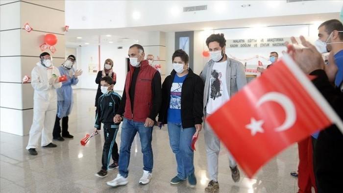 تركيا تُسجل 19 وفاة و902 إصابة جديدة بكورونا