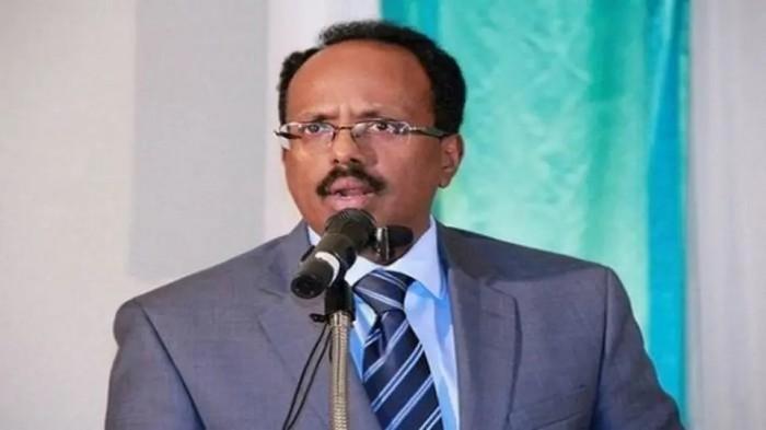 الرئيس الصومالي يُعلن إقالة رئيس الحكومة