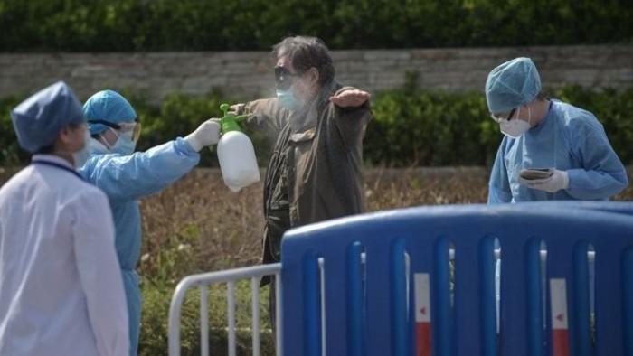 أمريكا تسجل 54448 إصابة جديدة بكورونا و1126 وفاة
