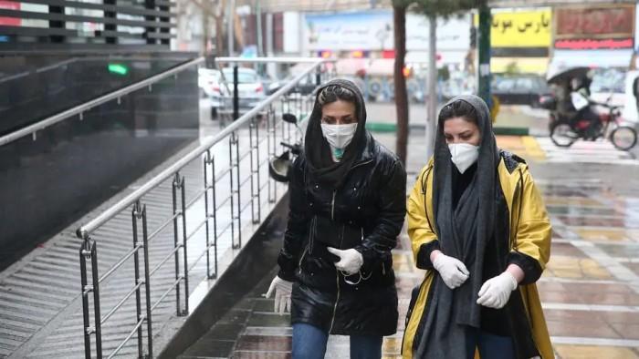 إيران: ارتفاع إجمالي إصابات كورونا إلى 298 ألفا و909 شخصا