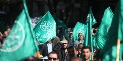 كاتب سعودي يعلق على خناقات مرتزقة الإخوان بالخارج