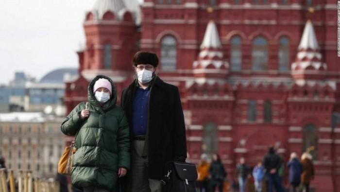 روسيا تُسجل 95 وفاة و5462 إصابة جديدة بكورونا