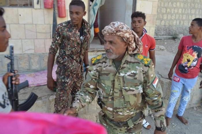 مدير أمن سقطرى يقف على جاهزية المراكز الأمنية (صور)