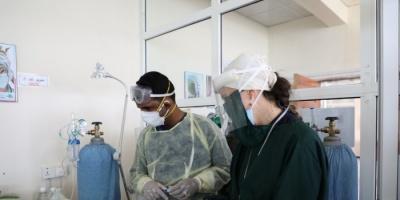 أطباء بلا حدود: نقص أسطوانات الأكسجين مميت لمرضى كورونا