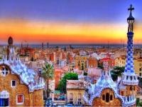 إسبانيا تعاني من انخفاض حاد في السياحة