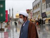 إيران تُسجل 215 وفاة و2598 إصابة جديدة بكورونا