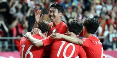 كوريا الجنوبية تشهد عودة الجماهير إلى ستادات كرة القدم من جديد