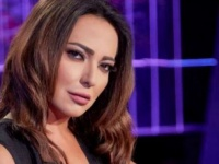 إصابة الفنانة السورية أمل عرفة بفيروس كورونا