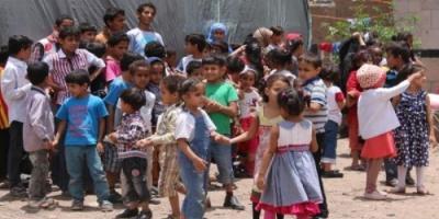 أيتام اليمن.. ورودٌ ترويها السعودية ويحرقها الحوثيون