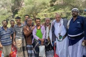 صفقة غامضة لتبادل معتقلين بين مليشيات الإخوان والحوثي بتعز