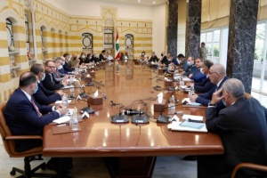 الرئيس اللبناني يدعو المجلس الأعلى للدفاع إلى اجتماع طارئ في قصر بعبدا