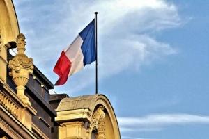 وزير فرنسي: سنرسل طائرة مساعدة إنسانية ثالثة إلى بيروت