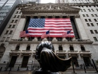 لقاحات كورونا تدفع الأسهم الأمريكية نحو الارتفاع