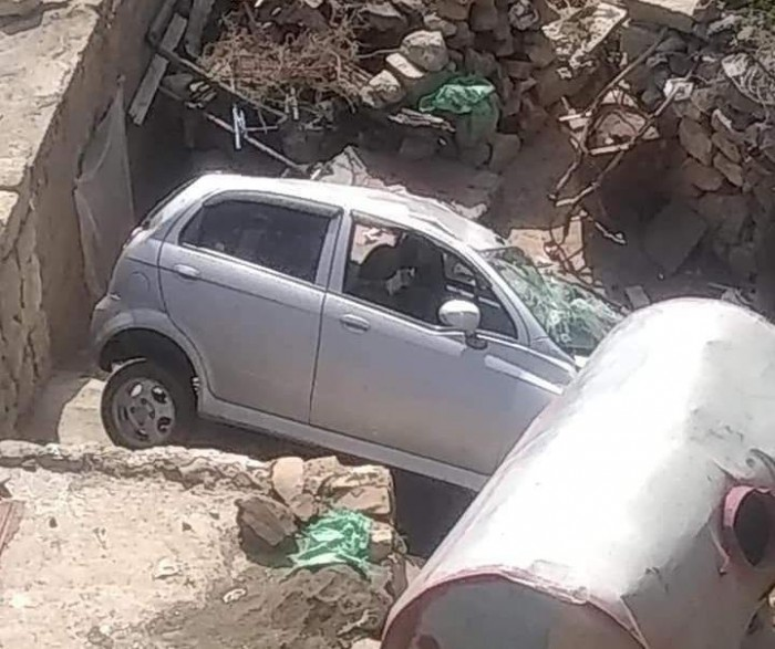 بينهن مصورة وناشطة..إصابة عدد من الفتيات في حادث مروري مروع بتعز(صور)