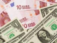عالمياً.. الدولار يصعد مقابل اليورو بأكثر من 0.1 بالمائة