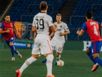 بازل يفوز على فرانكفورت ويتأهل لربع نهائي الدوري الأوروبي