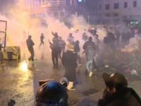اندلاع اشتباكات بين محتجين والشرطة وسط بيروت