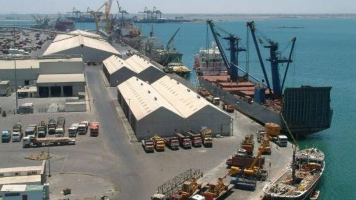 ميناء عدن ينفي تخزين حاويات نترات الأمونيوم المتفجرة