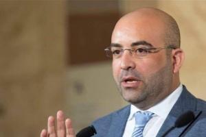 إعلامي: لا توجد مساعدات إيرانية أو تركية إلى شعب لبنان