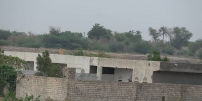للمرة الثانية.. مليشيا الحوثي تُحاصر سكان التحيتا بالقذائف