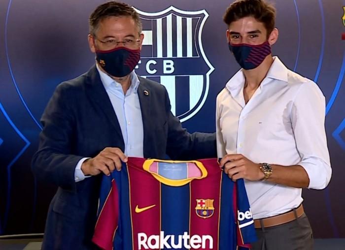 بارتوميو يتهرب من المؤتمر الصحفي لصفقة برشلونة الجديدة بسبب ميسي