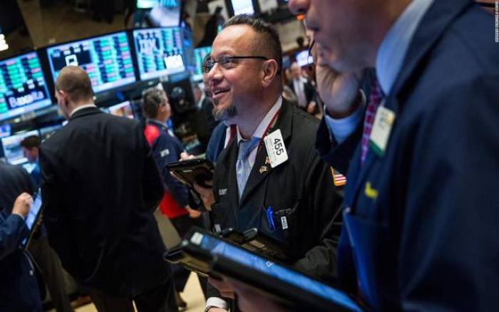 مع ختام التداولات.. الأسهم الأمريكية تسجّل صعودًا قويًا