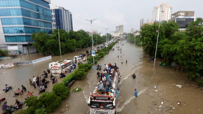 ارتفاع حصيلة ضحايا الأمطار في باكستان إلى 176 قتيلاً