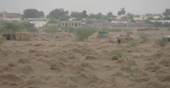استهداف حوثي واسع لأحياء التحيتا