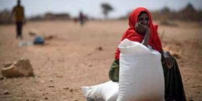 فقراء اليمن محاصرون بأزمات المياه والغذاء ونقص الإمدادات