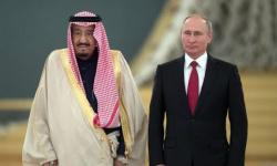 الملك سلمان وبوتين يبحثان تعزيز العلاقات والقضايا المشتركة
