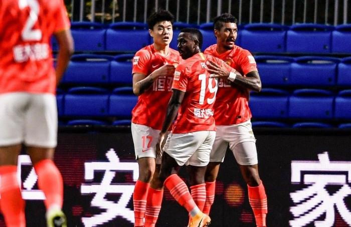 قوانجتشو يواصل انتصاراته في الدوري الصيني على حساب شينزين كايزا