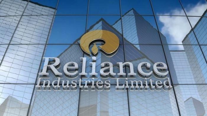 صندوق الاستثمارات السعودي وجهاز أبوظبي يتسابقان للاستثمار في ريلاينس الهندية