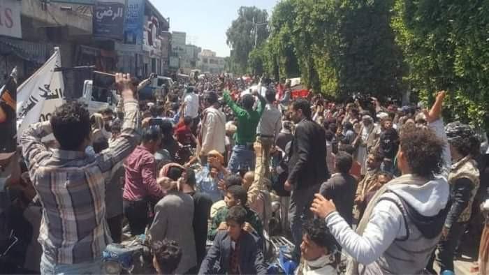 انتفاضة الأغبري تُرعب الحوثي في صنعاء