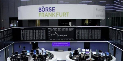 البورصة الأوروبية تتراجع عن أعلى مستوياتها خلال شهر
