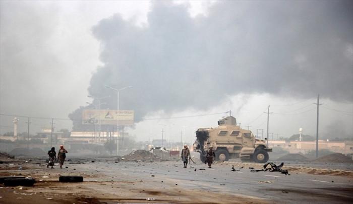 في جبهة الحديدة.. إرهاب حوثي يتصاعد والمشتركة تدحره