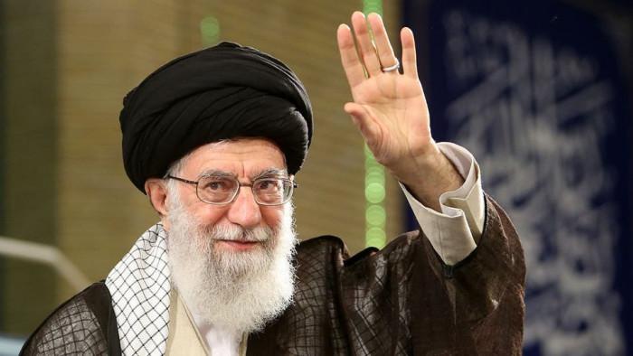 صحفي: أموال إقليم بلوشستان تذهب للحوثي وحزب الله بأمر من الملالي