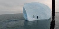 في واقعة مخيفة..جبل جليدي ينقلب بمغامرين