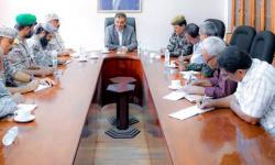 محافظ عدن يوجه بتحديث المنظومة الأمنية