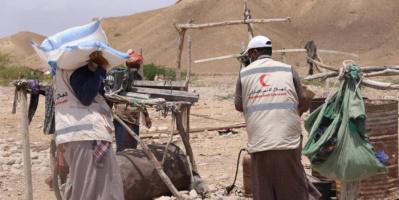 """""""هلال الإمارات"""" يغيث 2500 فرد في الشحر"""