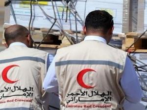 تجاهلًا لذباب الشرعية.. الإمارات تغيث اليمن صحيًّا