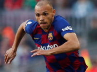 برشلونة يعلن إصابة مارتين برايثوايت