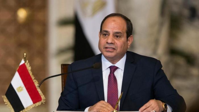 الرئيس المصري يُصدر 3 قرارات جديدة بمناسبة 6 أكتوبر