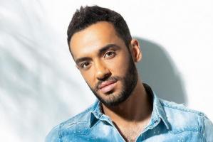 رامي جمال يشوق جمهوره بمقطع من ألبومه الجديد