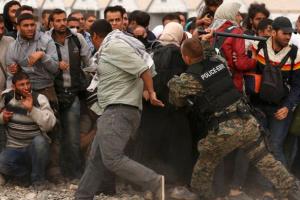 إعلامي سعودي يُعلق على زيادة العنف ضد اللاجئين السوريين بتركيا