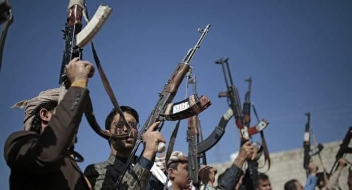 تضليل الحوثي.. دعوة للسلام يقابلها ضربات مكثفة على المدارس والمستشفيات